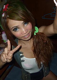 Slutty Thai Girl Stripping
